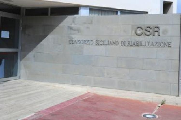 http://www.ragusanews.com//immagini_articoli/13-01-2015/bambino-maltrattato-al-csr-di-pozzallo-500.jpg