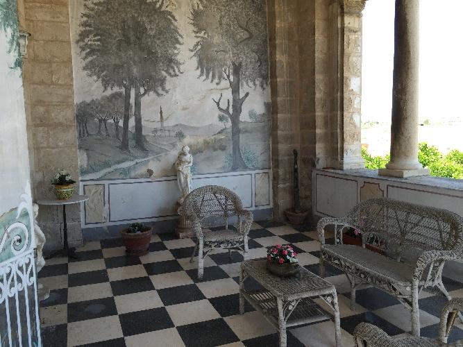 http://www.ragusanews.com//immagini_articoli/13-01-2016/il-castello-aragonese-di-comiso-scrigno-di-tesori-500.jpg