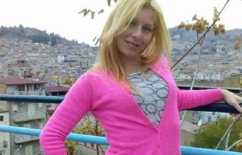 https://www.ragusanews.com//immagini_articoli/13-01-2019/vista-anche-profilo-facebook-falso-jessica-500.jpg