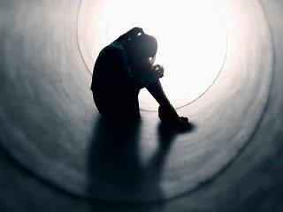 https://www.ragusanews.com//immagini_articoli/13-01-2020/suicida-un-ragazzo-di-17-anni-240.jpg