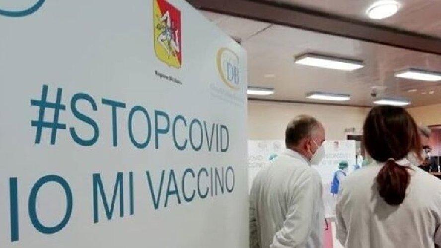 https://www.ragusanews.com//immagini_articoli/13-01-2021/atterrati-46-800-nuovi-vaccini-ma-c-e-chi-dice-no-pure-tra-i-sanitari-500.jpg