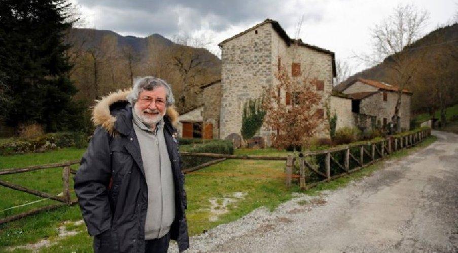 https://www.ragusanews.com//immagini_articoli/13-01-2021/guccini-nel-mulino-di-pavana-stasera-su-rai-5-500.jpg