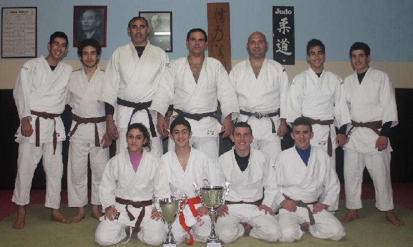 http://www.ragusanews.com//immagini_articoli/13-02-2014/dieci-judoisti-di-scicli-al-campionato-nazionale-cadetti-500.jpg