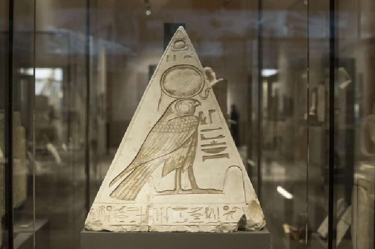 http://www.ragusanews.com//immagini_articoli/13-02-2016/museo-egizio-torino-verso-una-sede-distaccata-a-catania-500.jpg