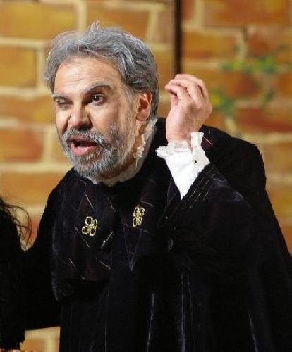 http://www.ragusanews.com//immagini_articoli/13-03-2014/sboccia-una-risata-in-teatro-a-modica-500.jpg