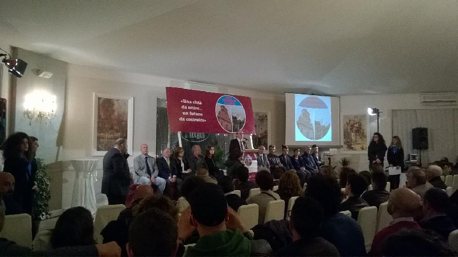 http://www.ragusanews.com//immagini_articoli/13-03-2017/sebastiano-gurrieri-presenta-lista-500.jpg