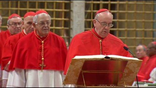 https://www.ragusanews.com//immagini_articoli/13-03-2021/l-ultima-foto-di-bergoglio-prima-di-diventare-papa-francesco-280.jpg