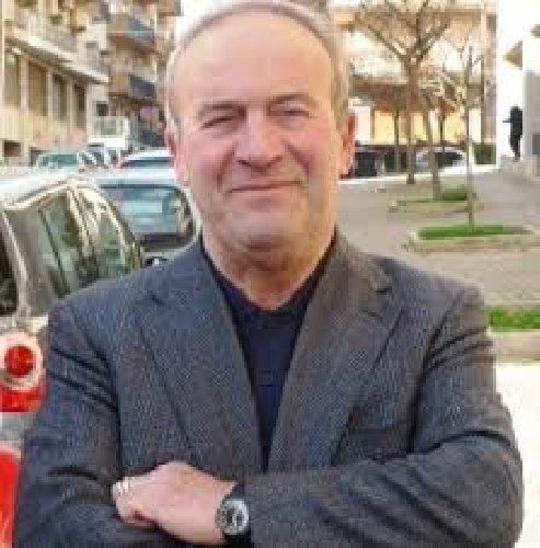 https://www.ragusanews.com//immagini_articoli/13-04-2018/monterosso-grave-incidente-sindaco-salvatore-sardo-500.jpg