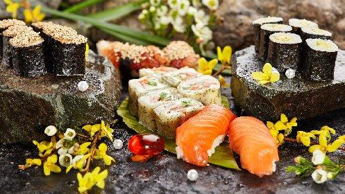 https://www.ragusanews.com//immagini_articoli/13-04-2021/dieta-giapponese-come-mangiare-sano-e-dimagrire-280.jpg