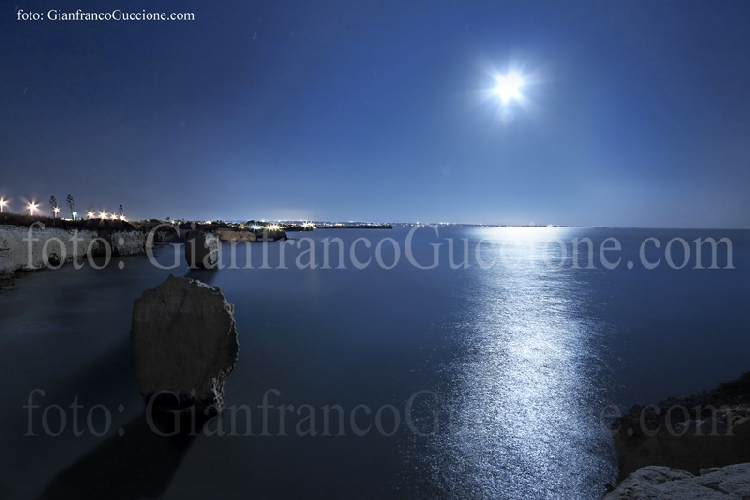 https://www.ragusanews.com//immagini_articoli/13-05-2014/ciriga-pozzallo-e-marina-di-ragusa-bandiera-blu-500.jpg