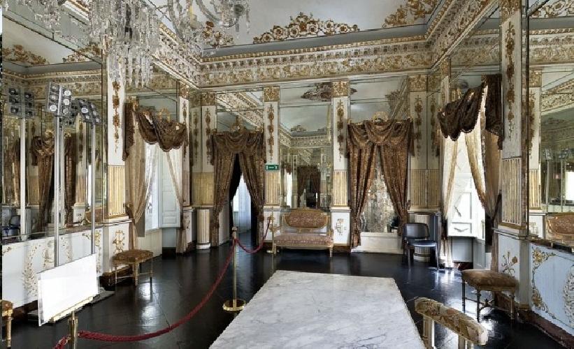 https://www.ragusanews.com//immagini_articoli/13-05-2014/ragusa-mette-a-bando-gestione-castello-donnafugata-palazzo-zacco-cosentini-e-san-vincenzo-ferreri-500.jpg