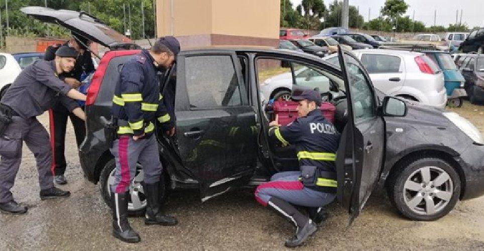 https://www.ragusanews.com//immagini_articoli/13-05-2019/contromano-sullautostrada-siracusa-catania-inseguito-e-preso-500.jpg