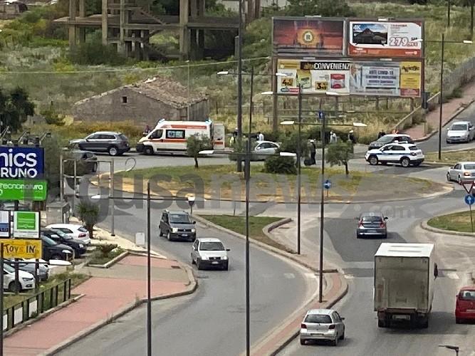 https://www.ragusanews.com//immagini_articoli/13-05-2020/camion-contro-moto-alla-sorda-un-ferito-500.jpg