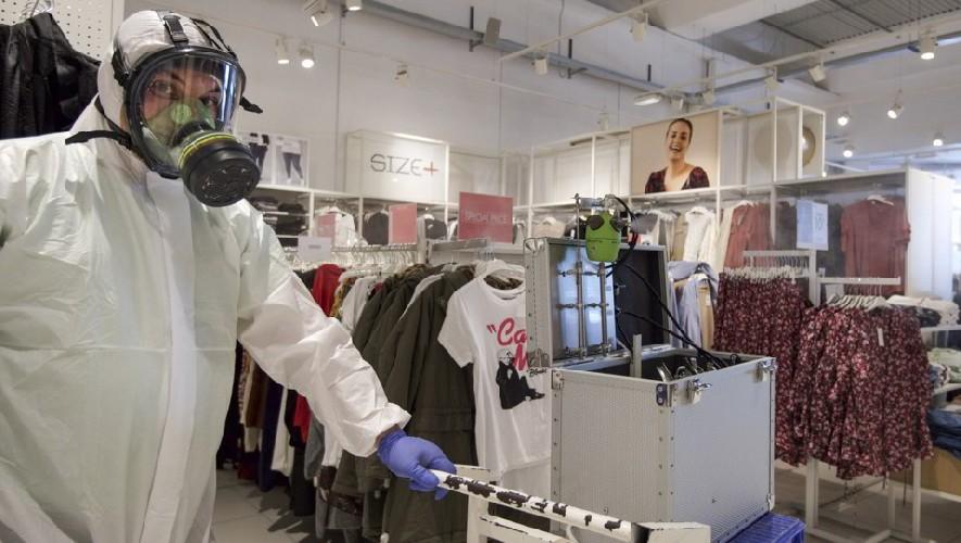 https://www.ragusanews.com//immagini_articoli/13-05-2020/sara-obbligatorio-sanificare-o-meno-gli-abiti-provati-in-un-negozio-500.jpg