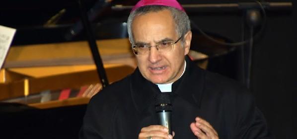 https://www.ragusanews.com//immagini_articoli/13-05-2021/caso-rugolo-i-legali-del-vescovo-gisana-tra-equivoci-e-provocazioni-280.jpg