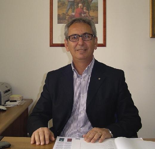 http://www.ragusanews.com//immagini_articoli/13-06-2014/pino-occhipinti-torna-presidente-legacoop-500.jpg