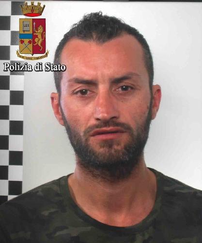http://www.ragusanews.com//immagini_articoli/13-06-2017/vittoria-arrestati-galvano-salerno-500.jpg
