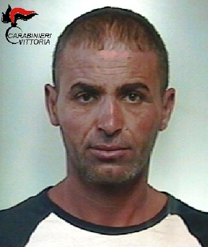 http://www.ragusanews.com//immagini_articoli/13-07-2017/viola-prescrizioni-arrestato-algerino-500.jpg