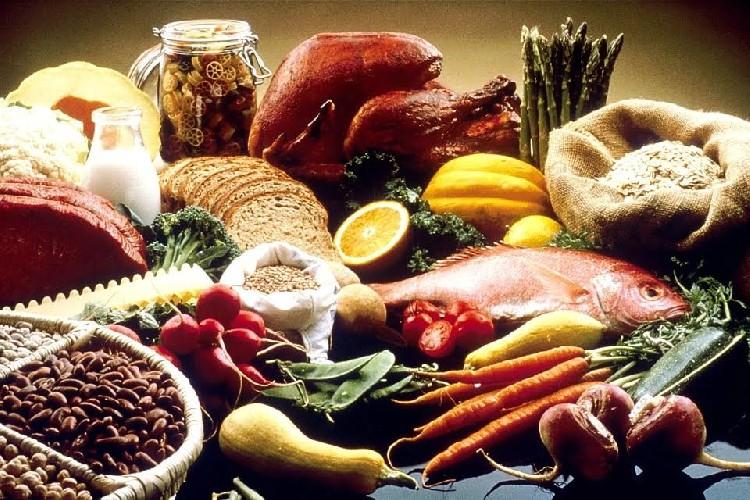 https://www.ragusanews.com//immagini_articoli/13-07-2020/tiroide-gli-alimenti-per-la-salute-di-questa-ghiandola-500.jpg
