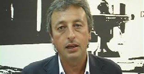 https://www.ragusanews.com//immagini_articoli/13-08-2018/vittoria-discarica-indagato-sindaco-pippo-nicosia-240.jpg