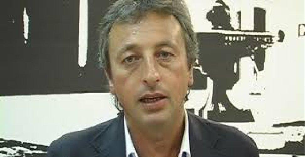 https://www.ragusanews.com//immagini_articoli/13-08-2018/vittoria-discarica-indagato-sindaco-pippo-nicosia-500.jpg