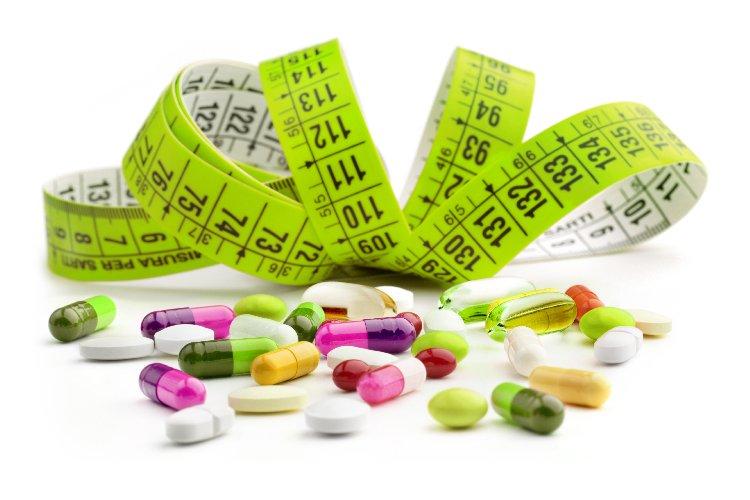 https://www.ragusanews.com//immagini_articoli/13-08-2019/pillole-dimagranti-funzionano-e-i-rischi-che-si-corrono-500.jpg