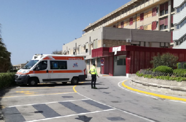 https://www.ragusanews.com//immagini_articoli/13-08-2019/pronto-soccorso-modica-63-accessi-la-scorsa-notte-240.png