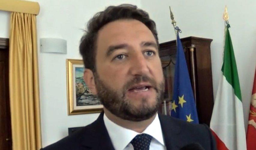 https://www.ragusanews.com//immagini_articoli/13-09-2019/sottosegretari-siciliani-grillini-nessuno-pd-500.jpg