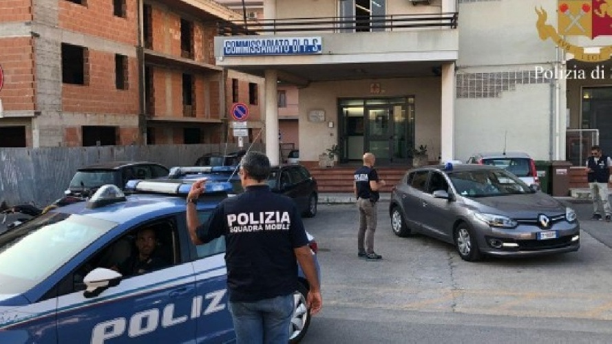 https://www.ragusanews.com//immagini_articoli/13-09-2021/vittoria-lite-in-famiglia-arrestato-pregiudicato-500.jpg