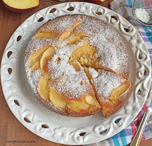 https://www.ragusanews.com//immagini_articoli/13-10-2018/torta-mele-dolce-amato-grandi-piccini-500.jpg