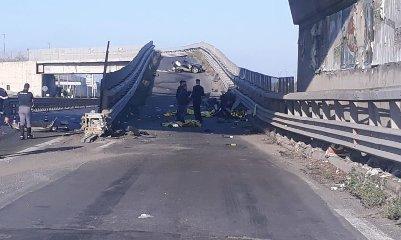 https://www.ragusanews.com//immagini_articoli/13-10-2019/1570955045-incidente-muoiono-quattro-giovani-in-sicilia-1-240.jpg