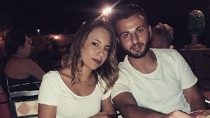 https://www.ragusanews.com//immagini_articoli/13-10-2019/i-4-morti-di-belpasso-in-un-video-in-discoteca-prima-tragedia-240.jpg