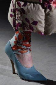 https://www.ragusanews.com//immagini_articoli/13-10-2020/1602614401-le-scarpe-autunno-inverno-2020-21-piu-belle-da-indossare-1-280.jpg
