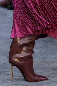 https://www.ragusanews.com//immagini_articoli/13-10-2020/1602615035-le-scarpe-autunno-inverno-2020-21-piu-belle-da-indossare-1-280.jpg