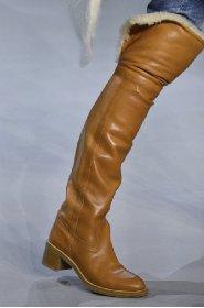 https://www.ragusanews.com//immagini_articoli/13-10-2020/1602615035-le-scarpe-autunno-inverno-2020-21-piu-belle-da-indossare-3-280.jpg
