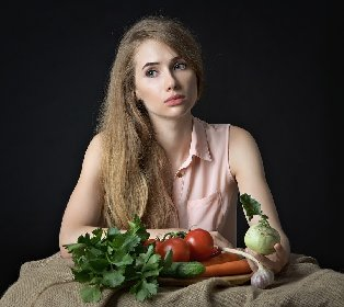 https://www.ragusanews.com//immagini_articoli/13-10-2020/mangi-ma-non-hai-fame-conseguenze-e-rimedi-280.jpg
