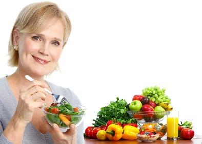 https://www.ragusanews.com//immagini_articoli/13-10-2021/dieta-in-menopausa-cosa-mangiare-per-perdere-peso-280.jpg