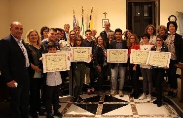 http://www.ragusanews.com//immagini_articoli/13-11-2017/concorso-poesie-ispica-240.jpg