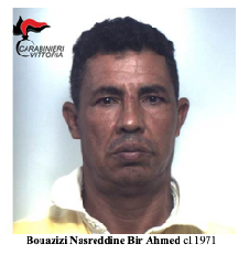 https://www.ragusanews.com//immagini_articoli/13-11-2018/estorsione-arrestato-tunisino-vittoria-240.png