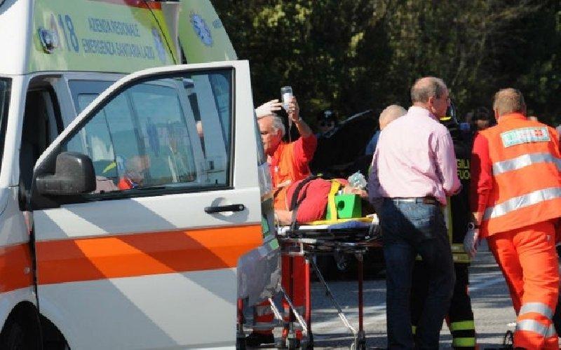 https://www.ragusanews.com//immagini_articoli/13-11-2018/incidente-quattro-feriti-comiso-500.jpg
