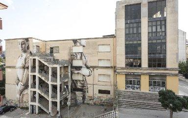 https://www.ragusanews.com//immagini_articoli/13-11-2018/piove-dentro-liceo-classico-ragusa-240.jpg