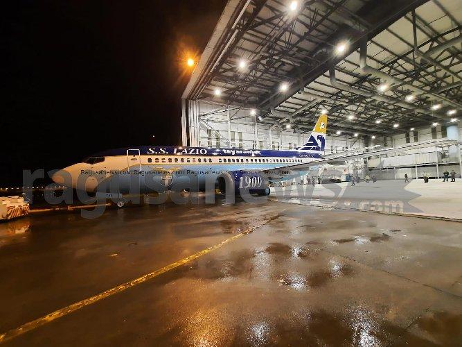 https://www.ragusanews.com//immagini_articoli/13-11-2020/1605259498-ecco-l-aereo-della-lazio-di-tayaranjet-2-500.jpg