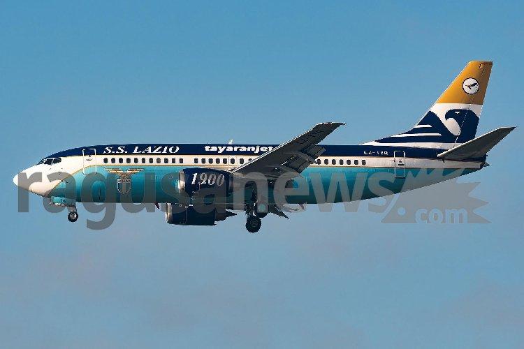 https://www.ragusanews.com//immagini_articoli/13-11-2020/ecco-l-aereo-della-lazio-di-tayaranjet-500.jpg