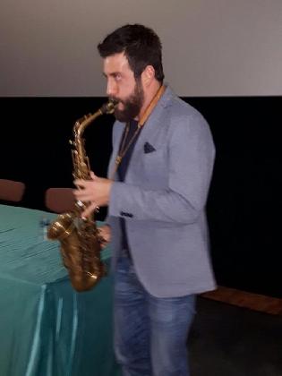 http://www.ragusanews.com//immagini_articoli/13-12-2016/vittoria-peace-film-festival-apre-con-cafiso-e-scimeca-420.jpg