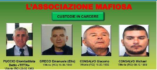 http://www.ragusanews.com//immagini_articoli/13-12-2017/imballaggi-mercato-vittoria-arresti-nomi-foto-240.jpg