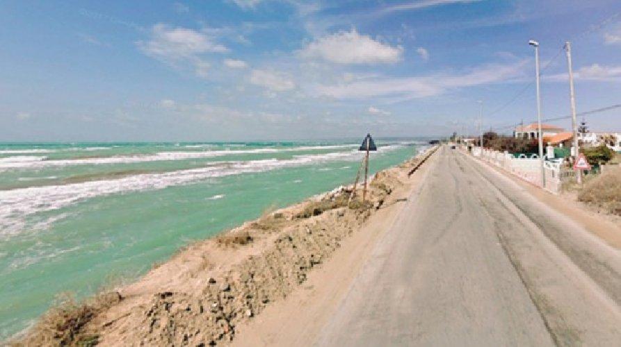 https://www.ragusanews.com//immagini_articoli/13-12-2018/salva-ispica-erosione-costiera-500.jpg