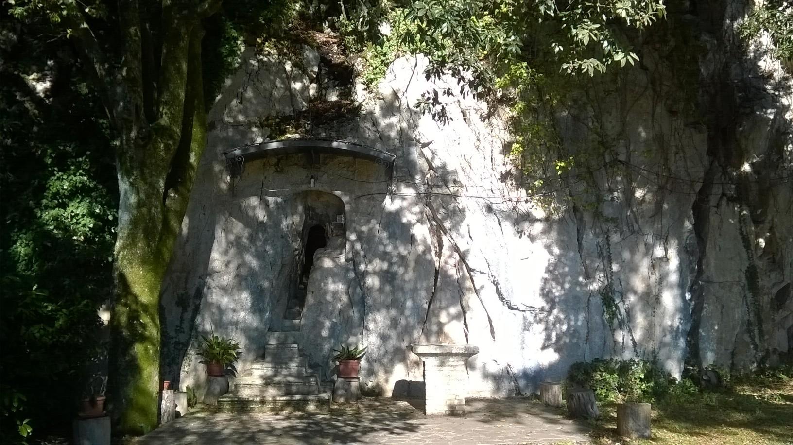 https://www.ragusanews.com//immagini_articoli/14-01-2017/1484404276-4-beato-andrea-conti-nipote-bonifacio-viii-culto-piglio-ragusa.jpg
