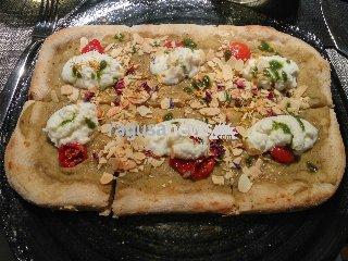 http://www.ragusanews.com//immagini_articoli/14-01-2018/modica-allhostaria-musica-vera-pizza-gourmet-240.jpg