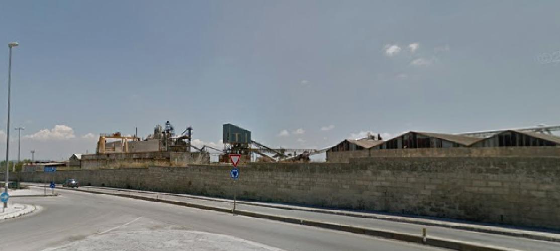 https://www.ragusanews.com//immagini_articoli/14-01-2019/incendio-prossimita-ditta-ancione-ragusa-500.png