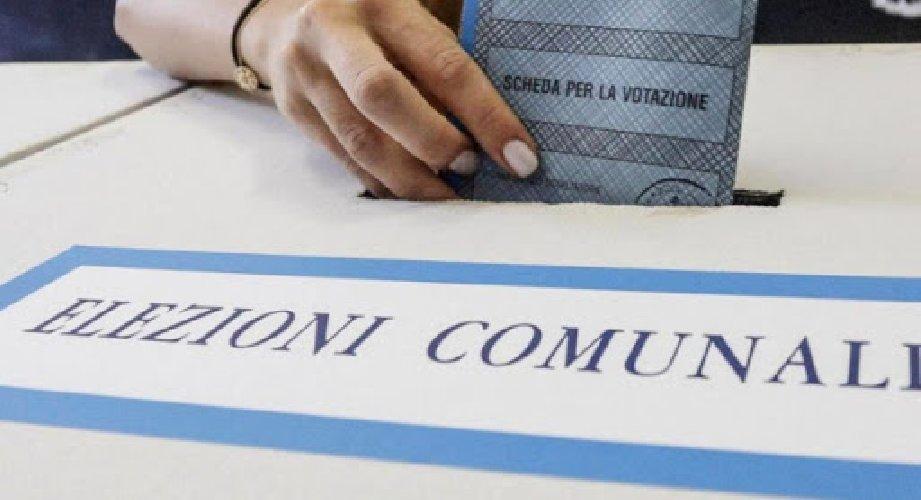 https://www.ragusanews.com//immagini_articoli/14-01-2021/comuni-sciolti-mafia-maggio-voto-vittoria-pachino-500.jpg